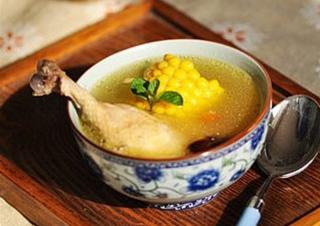 女性春季养生汤 玉米大枣鸡汤