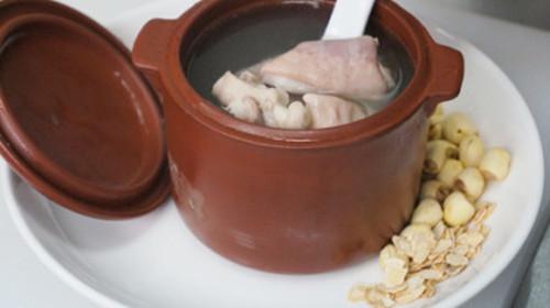 杏仁牛奶汤
