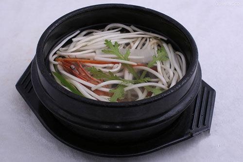 黄瓜金针菇汤