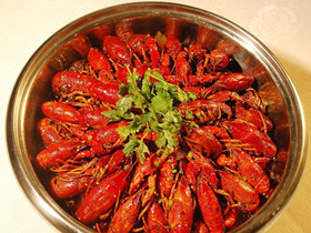 小龙虾怎么做 麻辣啤香小龙虾的做法