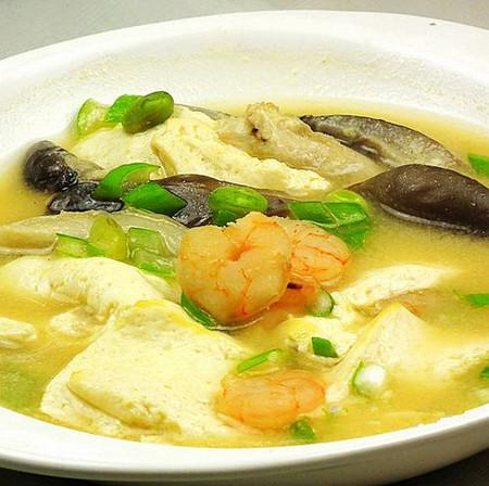 海鲜豆腐味增汤