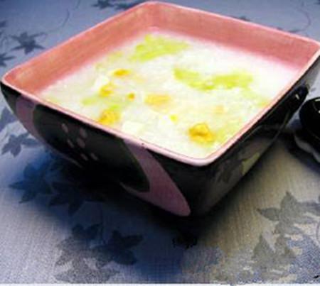 夏季养生汤 苦瓜青滚咸蛋汤