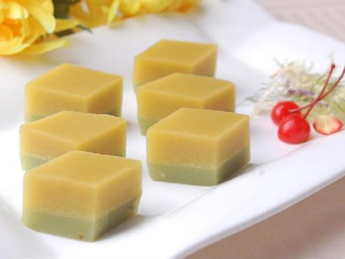 新老北京小吃:可乐版豌豆黄
