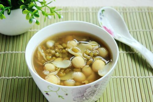 百合绿豆汤的做法