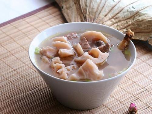 核桃栗子莲藕汤