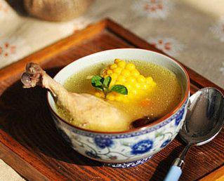 玉米大枣鸡汤