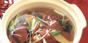 黄豆芽猪血汤