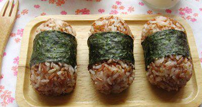 红糙米营养价值较高