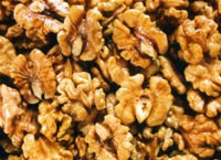 坚果是零食中最受白领喜欢的养生食品