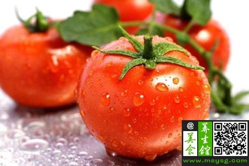 要防晒多吃西红柿 DIY西红柿牛腩汤(1)