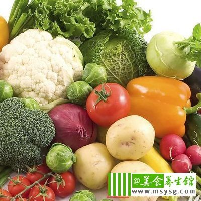 患者还需要多摄入丰富的各种维生素,因为甲减会因为高代谢消耗而导致消耗很多的酶