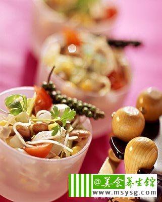 合欢花黄花菜食疗汤 营养身体调节心情