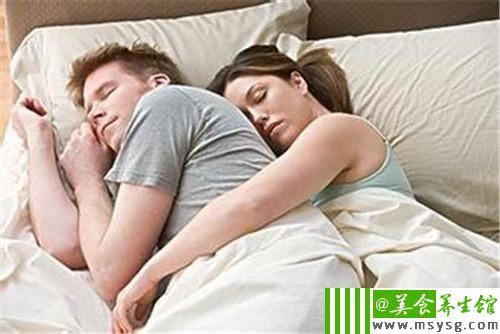 喜欢这样睡的女人一定会不忠(2)